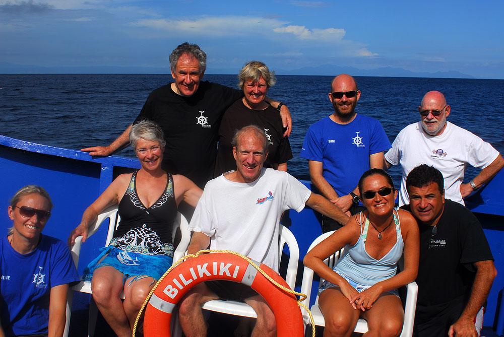 Tripulação que participou da expedição de mergulho nas Ilhas Salomão, Pacífico